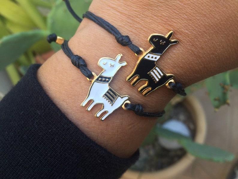25. Llama bracelet