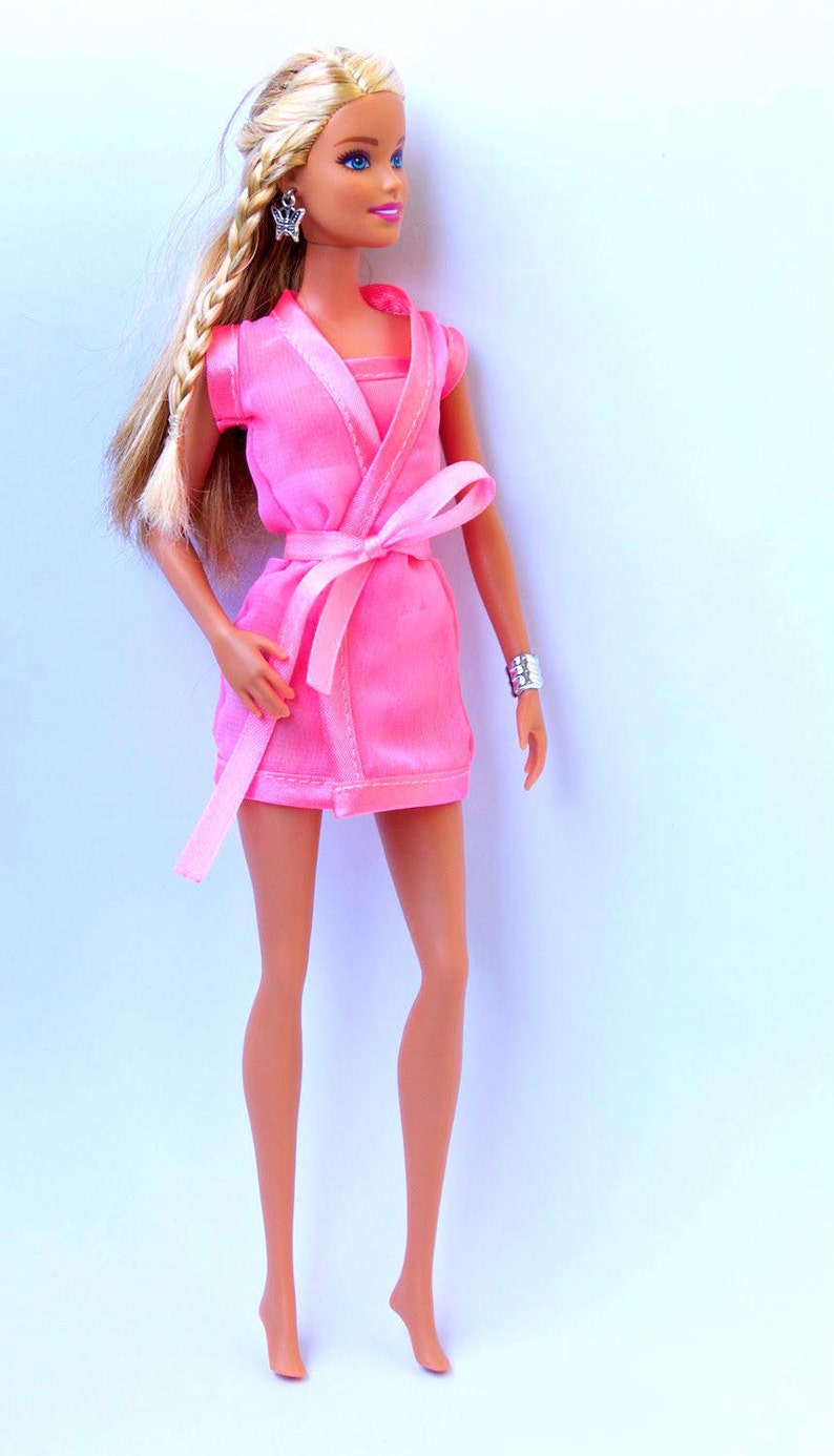 pretty nice c50fb 9142f Vestiti di Barbie - Barbie Negligee, Barbie Fashion Royalty FR2 armadio  doll Poppy Parker lingerie Coldiretti peignoir Royalty negligé 12 pollici