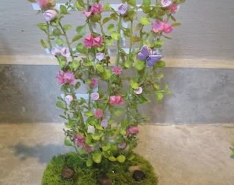 "Miniature doll//dollhouse 7/""h Purple//Magenta Rose//berry trellis//NO BASE"