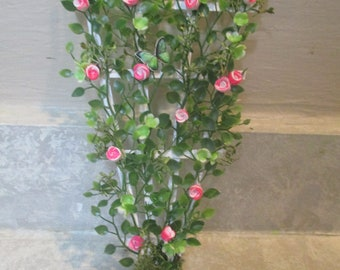 Dollhouse Miniature Flowers Rose Trellis 1:12 one inch scale J81 Dollys Gallery