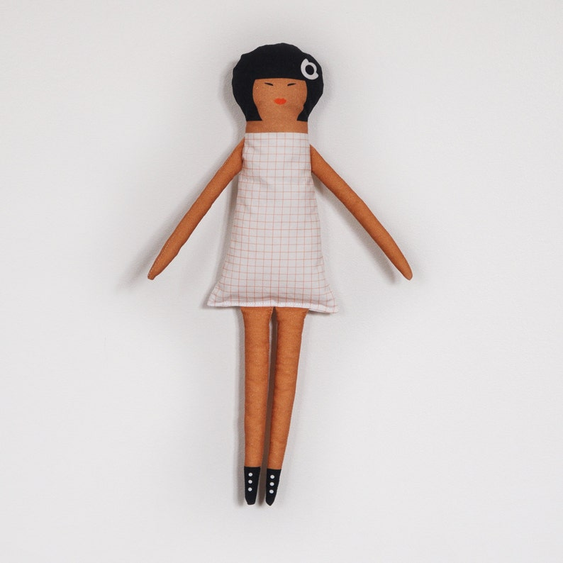 Soft doll  Aretha  red and white image 0