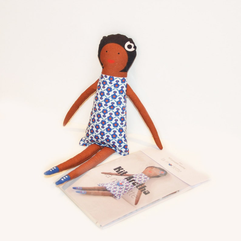 Doll sewing kit blanket  Aretha image 0