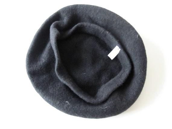 DI ROSA Vintage wool beret 1980s France, Béret 10… - image 4
