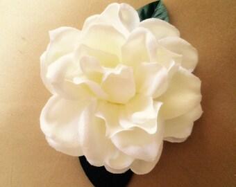 Gardenia flower hair clip