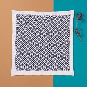 Hana-Fukin Sashiko Sampler - Olympus #H-1046 and #2046 Japanese Sashiko Morning Glory with Thread Weaving White OR Indigo Hitomezashi
