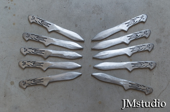 Assassin S Creed Inspired Ezio Auditore 10 Throwing Knives Etsy