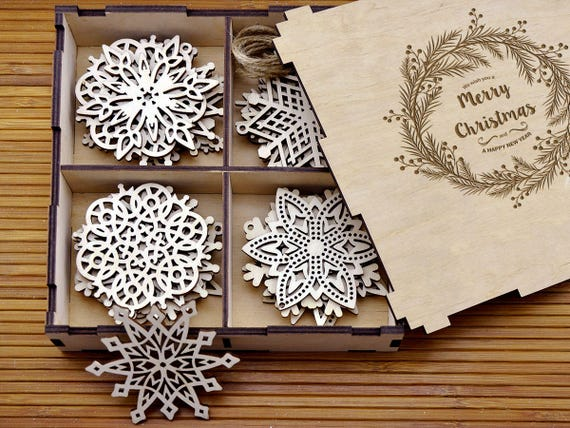 Personalized Christmas Gifts.Personalized Christmas Gifts Christmas Decor Family Gifts Holiday Gift Ideas Wooden Christmas Ornaments Gifts For Mom Christmas Snowflakes