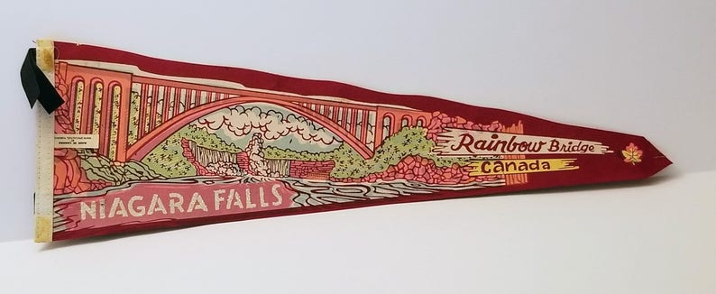 Gift Vintage Pennant Pendant Flag Souvenir Niagara Falls Childhood Memory