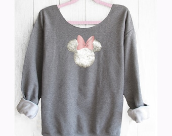 Minnie Mouse. Minnie Off shoulder sweatshirt. Off shoulder sweatshirt. Minnie sweatshirt. Disney sweater. Pink lemonade apparel.
