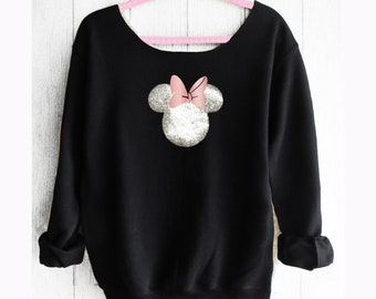 Minnie Mouse.. Minnie Off shoulder sweatshirt. Off shoulder sweatshirt. Minnie sweatshirt. Disney sweater. Pink lemonade apparel.
