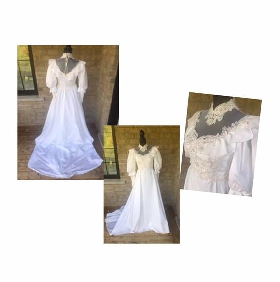 Stunning 1940's Victorian Wedding Dress