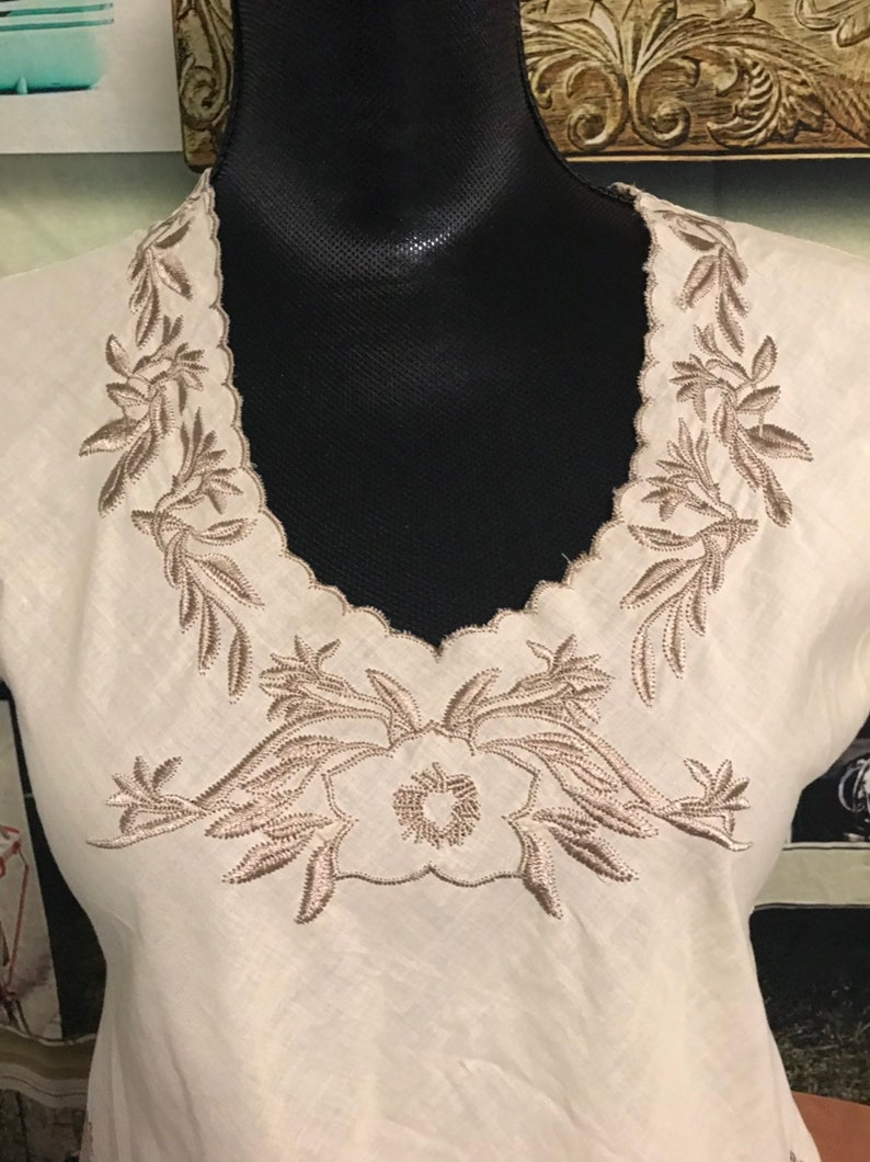 Vintage 1960s embroidered Tunic /'free shipping/'