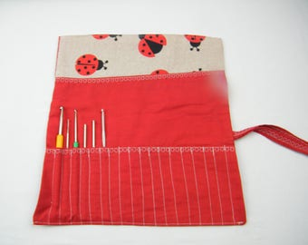 Case for hooks, cover for hooks, storage for hooks, customizable, accessory for handicrafts.