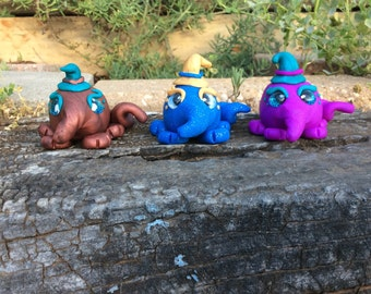 Polymer clay Wuliwuggles (polymer clay critters, whimsical, wuliwudesigns, fantasy, four legged creature)