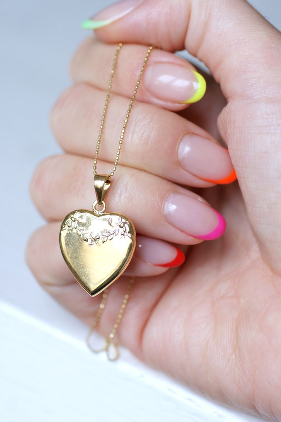 French Victorian style heart gold locket