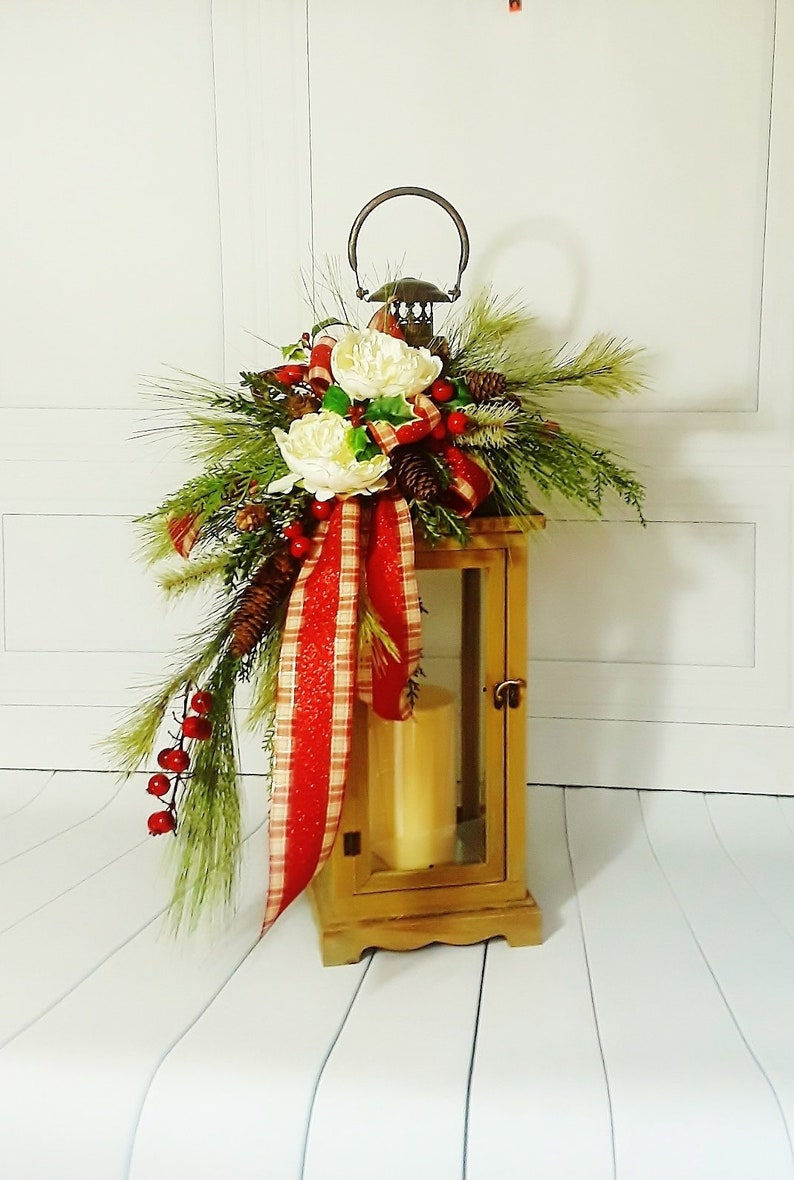 Lg Christmas Lantern Lantern And Swag Christmas Centerpieces Etsy