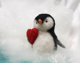 Needle felted Penguin, gift for Valentine, Mother's Day gift, Baby penguin, Felt penguin, penguins