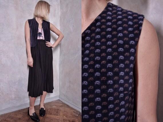 Velvet vintage vest | paisley waistcoat | vintage