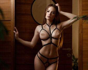 female midget naked pics