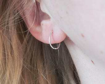 Small Silver Hoop Earrings, Small Silver Hoops, Sterling Silver Earrings, Sterling Silver Hoops, Silver Hoops, Silver Earrings, Simple Hoops