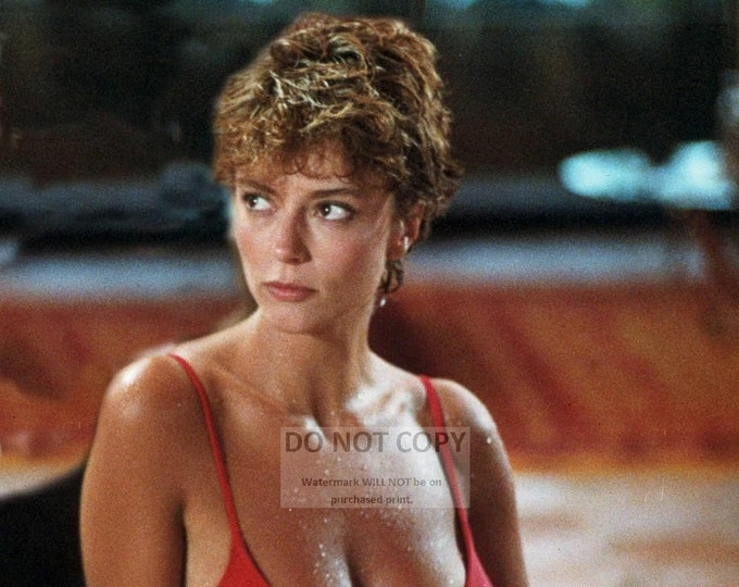 """Rachel Ward in the 1984 Film """"Against All Odds"""" - 5X7 or 8X10 Publicity Photo (RT582)"""