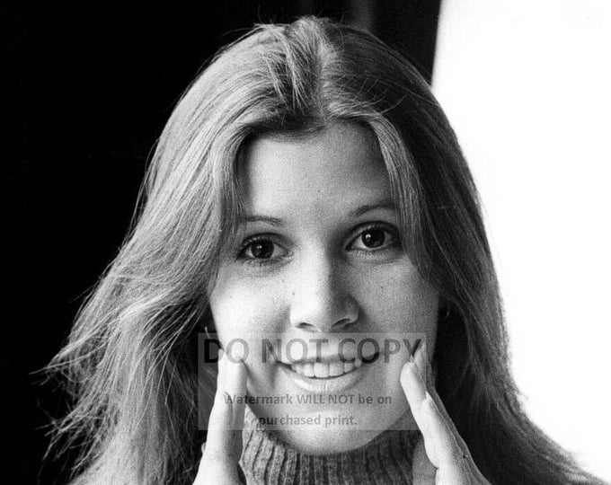 Actress Carrie Fisher - 5X7, 8X10 or 11X14 Publicity Photo (WW008)