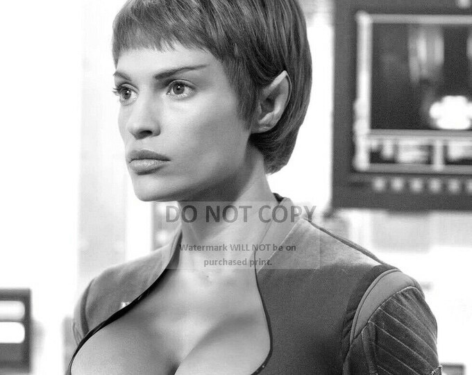 "Jolene Blalock in ""Star Trek: Enterprise"" - 5X7, 8X10 or 11X14 Publicity Photo (SP118)"