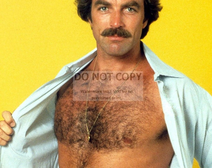 Actor Tom Selleck Pin Up - 5X7, 8X10 or 11X14 Publicity Photo (DD-372)