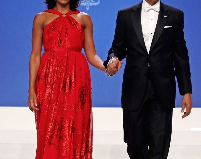 President Barack Obama and First Lady Michelle Obama Arrive at Inaugural Ball - 5X7, 8X10 or 11X14 Photo (ZY-641)