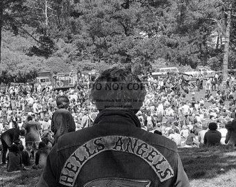 """Hells Angels & Hippies Attend a Wake for """"Chocolate George"""" Hendricks in San Francisco - 5X7, 8X10 or 11X14 Photo (SP195)"""