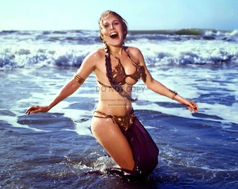 """Actress Carrie Fisher as """"Princess Leia"""" in the Film """"Star Wars"""" Pin Up - 8X10 or 11X14 Publicity Photo (FB-158)"""
