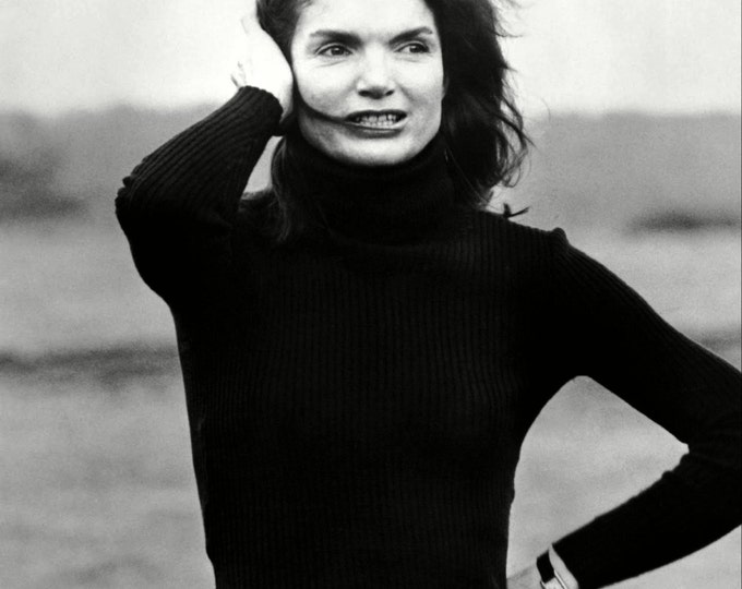 """Jacqueline """"Jackie"""" Kennedy Onassis in 1969 - 5X7 or 8X10 Photo (AA-054)"""