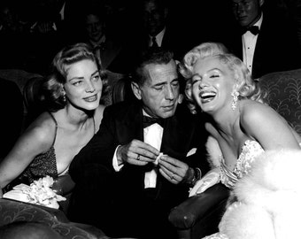 "Lauren Bacall, Humphrey Bogart and Marilyn Monroe Attend the Premier of ""How to Marry a Millionaire"" - 5X7 or 8X10 Publicity Photo (AA-908)"
