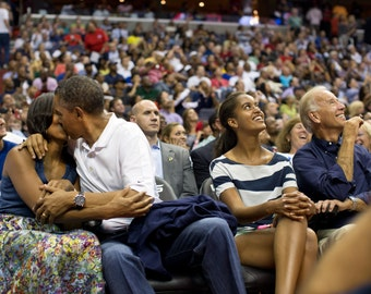 "President Barack Obama & First Lady Michelle on the ""Kiss Cam"" at a Basketball Game in Washington, D.C. - 5X7, 8X10 or 11X14 Photo (DD-088)"
