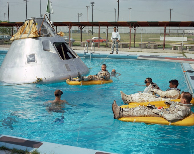 Apollo 1 Crew Practices Water Egress Procedures - 5X7, 8X10 or 11X14 NASA Photo (EP-524)