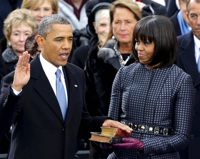 Barack Obama Is Sworn in for His Second Term as President of the United States on January 21, 2013 - 5X7, 8X10 or 11X14 Photo (ZY-628)