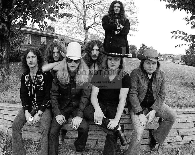 Lynyrd Skynyrd Legendary Southern Rock Band - 8X10 Publicity Photo (FB-133)