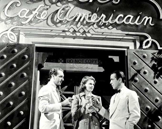 "Humphrey Bogart, Paul Henreid & Ingrid Bergman in the Film ""Casablanca"" - 8X10 or 11X14 Photo (DA-500)"