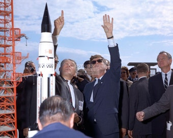 President John F. Kennedy & Wernher Von Braun on November 16, 1963 - 5X7, 8X10 or 11X14 Photo (EP-329)