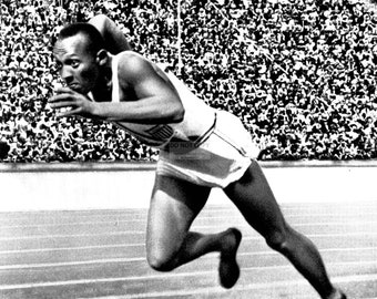 Jesse Owens at the 1936 Summer Olympics in Berlin, Germany - 5X7, 8X10 or 11X14 Photo (AA-162)