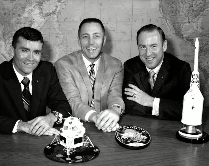 Apollo 13 Astronauts Fred Haise, Jack Swigert and Jim Lovell - 5X7, 8X10 or 11X14 Photo (ZZ-210)