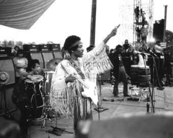 Musician Jimi Hendrix - 8X10 or 11X14 Publicity Photo (WW013)