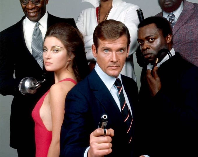 """Cast From """"Live and Let Die"""" 1973 James Bond Film - 5X7 or 8X10 Publicity Photo (OP-091)"""