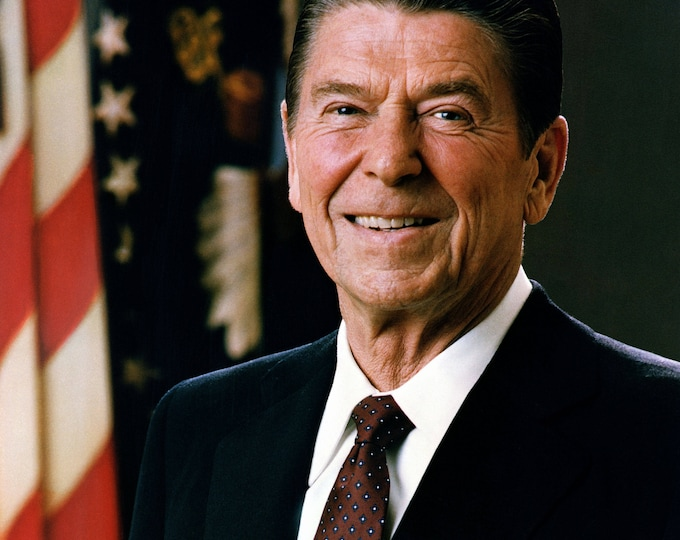 President Ronald Reagan Official Portrait - 5X7, 8X10 or 11X14 Photo (EP-830)