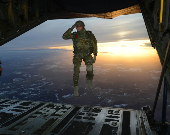 Soldier Salutes Troops as He Jumps Out of a C-130 Hercules Aircraft - 5X7, 8X10 or 11X14 Photo (EP-901)