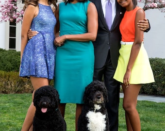 Barack Obama, Michelle, Daughters Malia & Sasha and Family Dogs Bo and Sunny in 2015 Easter Portrait - 5X7, 8X10 or 11X14 Photo (EP-058)