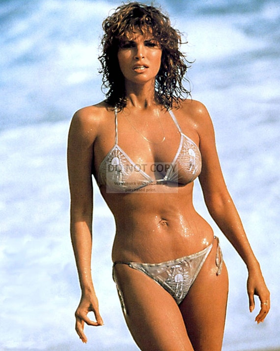Raquel Welch Actress And Sex Symbol X Xx Etsy
