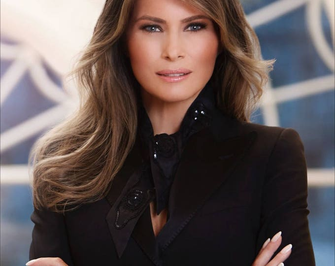 First Lady Melania Trump Official Portrait - 5X7 or 8X10 Photo (ZY-142)