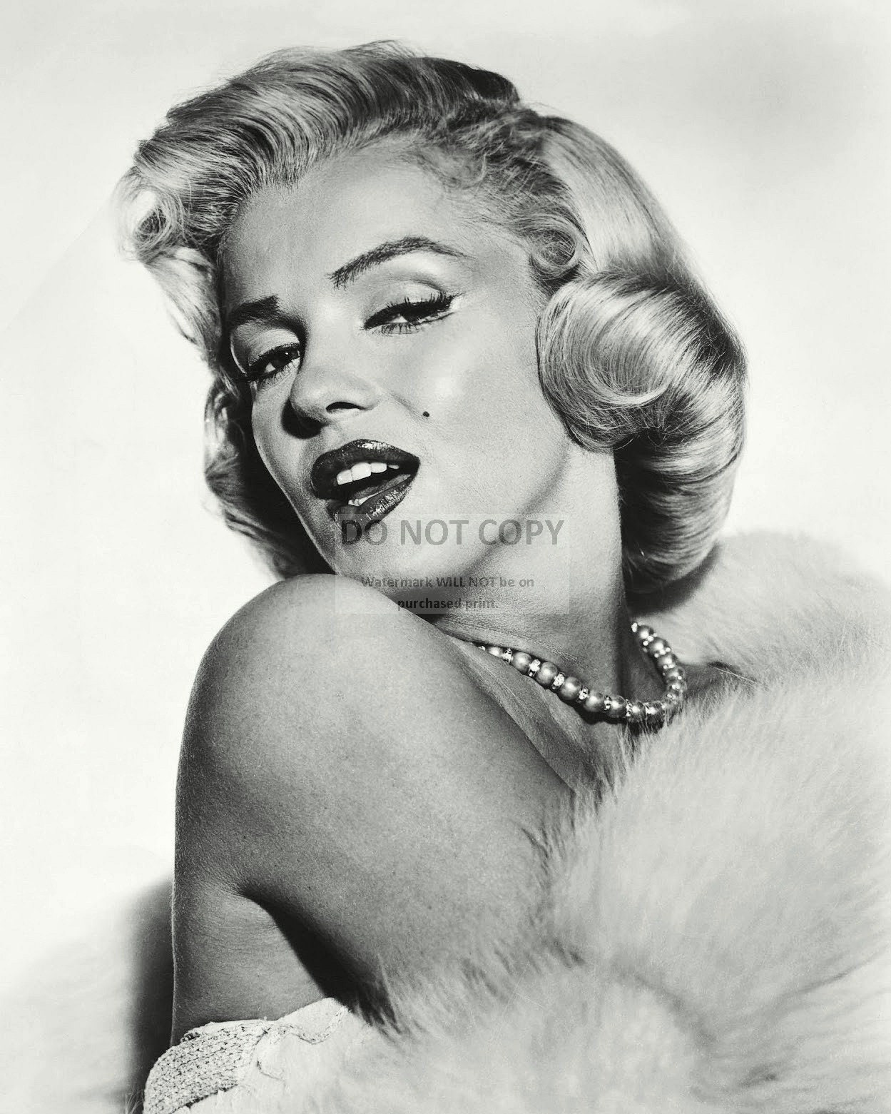 Marilyn Monroe Iconic Actress and Sex-Symbol - 5X7, 8X10 or