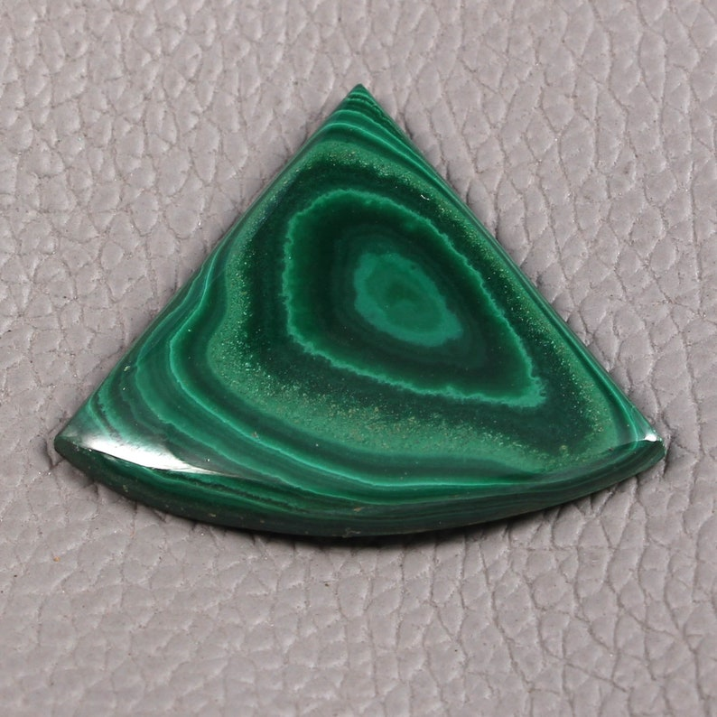 42 Carat 100 /% Natural Malachite Cabochon Fancy Shape Loose GEMSTONES Approx 30 x 35 x 4 MM New Arrival Wholesale price